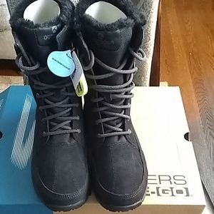 Skechers GO outdoors women's boots-NEW IN BOX